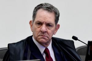 Read more about the article Presidente do STJ susta liminar que afastou exigência de regularização do CPF para o auxílio emergencial