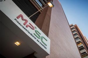 Read more about the article Recomendação do MPSC a faculdades privadas é negociar mensalidades e reposição de aulas